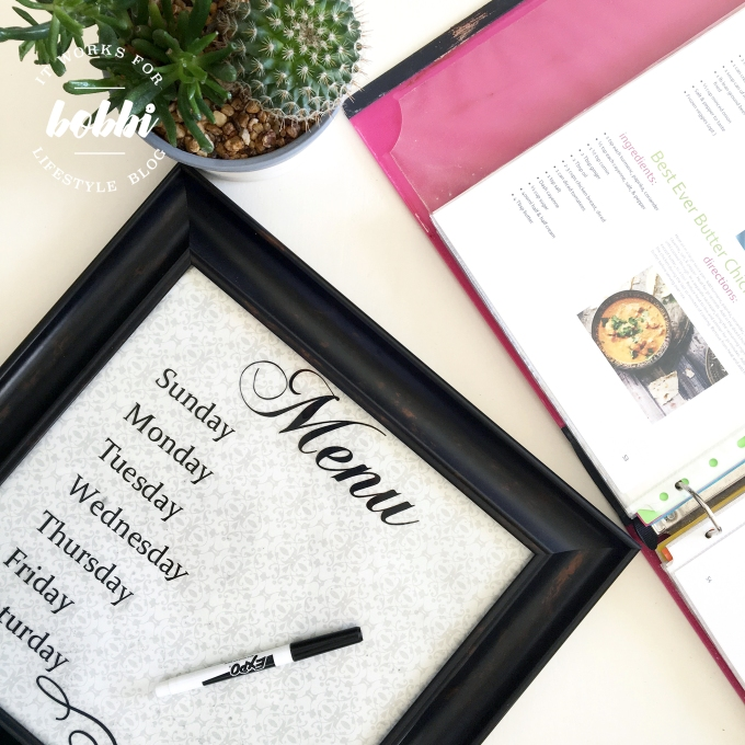 Make menu planning easier with this dry erase menu board with free printable 8X10 and 12X12 | itworksforbobbi.com